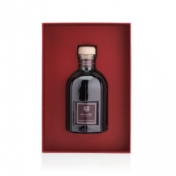 Gift Box with 250 ml Rosso Nobile diffuser